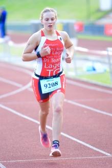Emily auf dem Weg ins Ziel beim Nachwuchscup in Gladbeck. Gleich 10. in ihrer AK. Glückwunsch!